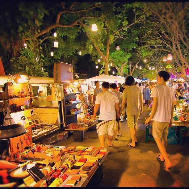 Cicada Market, Local Market in Hua Hin