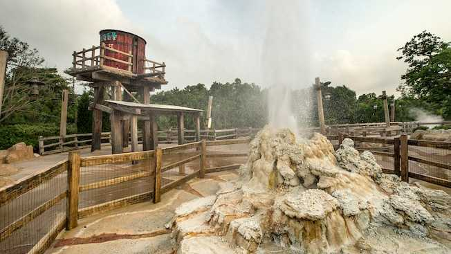 Geyser Gulch at Hong Kong Disneyland