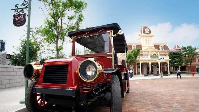 Main Street Vehicle at Hong Kong Disneyland