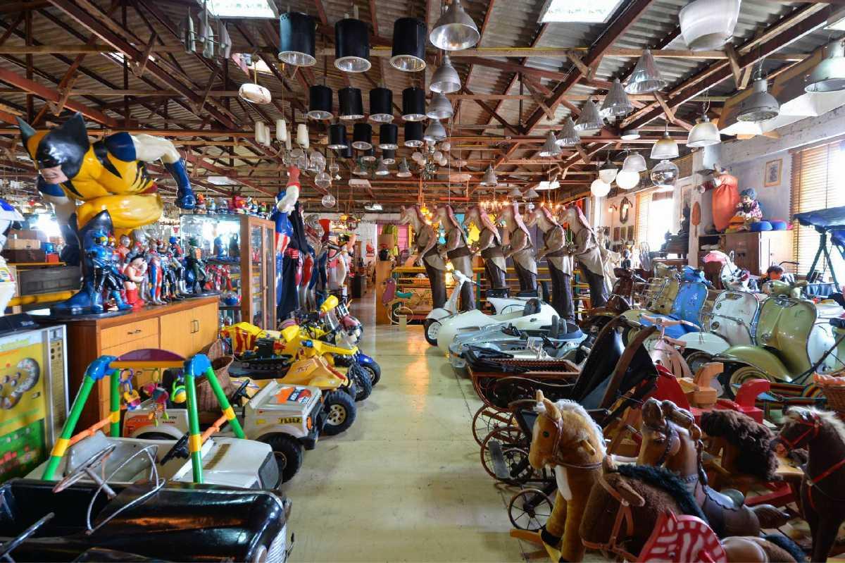 Papaya Vintage Shop Bangkok