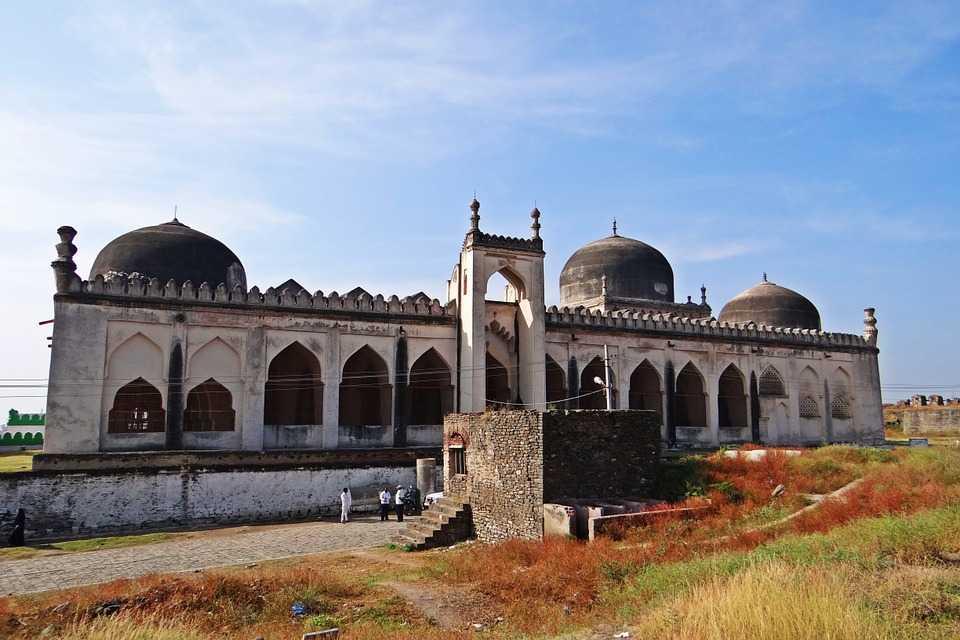 Best Places to visit in Gulbarga Gulbarga Fort