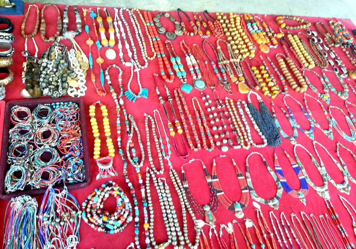 Bhutanese Jewellery, Weekend Market Thimphu
