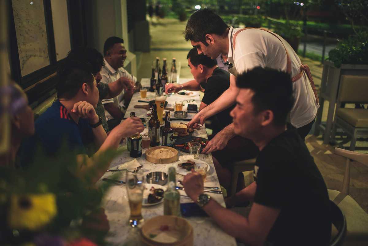 Lucky Peaches Eating Hall + Bar, Kuala Lumpur