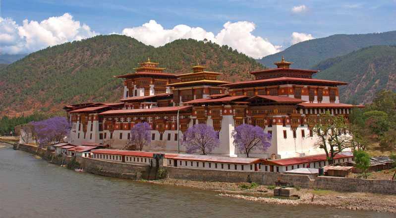 Punakha Dzong, Monasteries of Bhutan