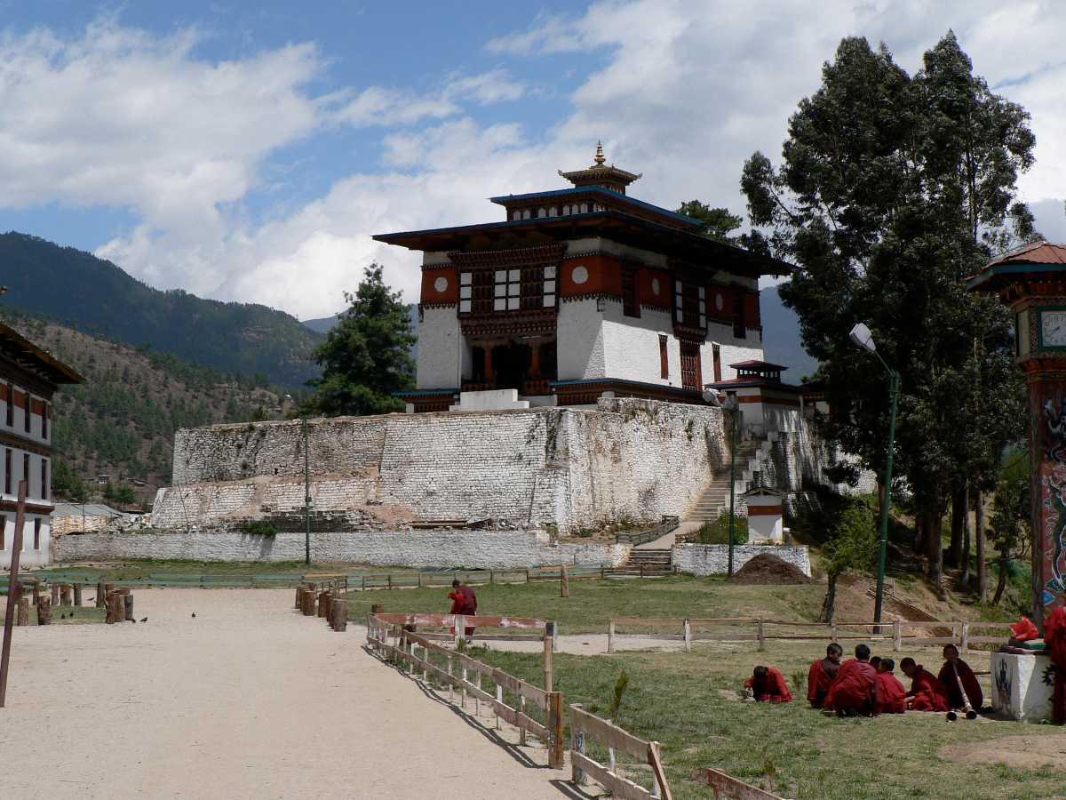 Dechen Phodrang Monastery, Monasteries of Bhutan