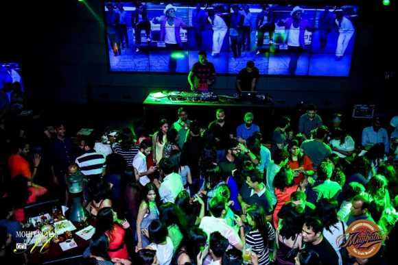Manhattan Bar Exchange & Brewery, Nightlife in Gurgaon