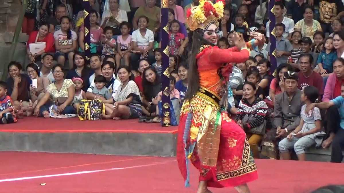 Performance of Arja in Bali