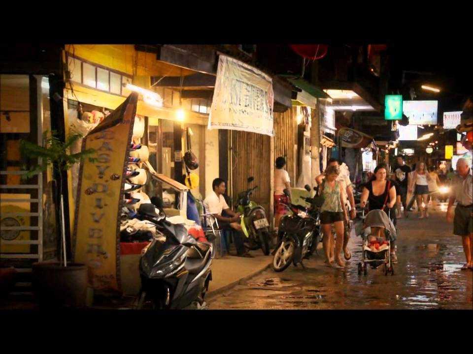 Fisherman's Village Night Market Walking Street in Koh Samui