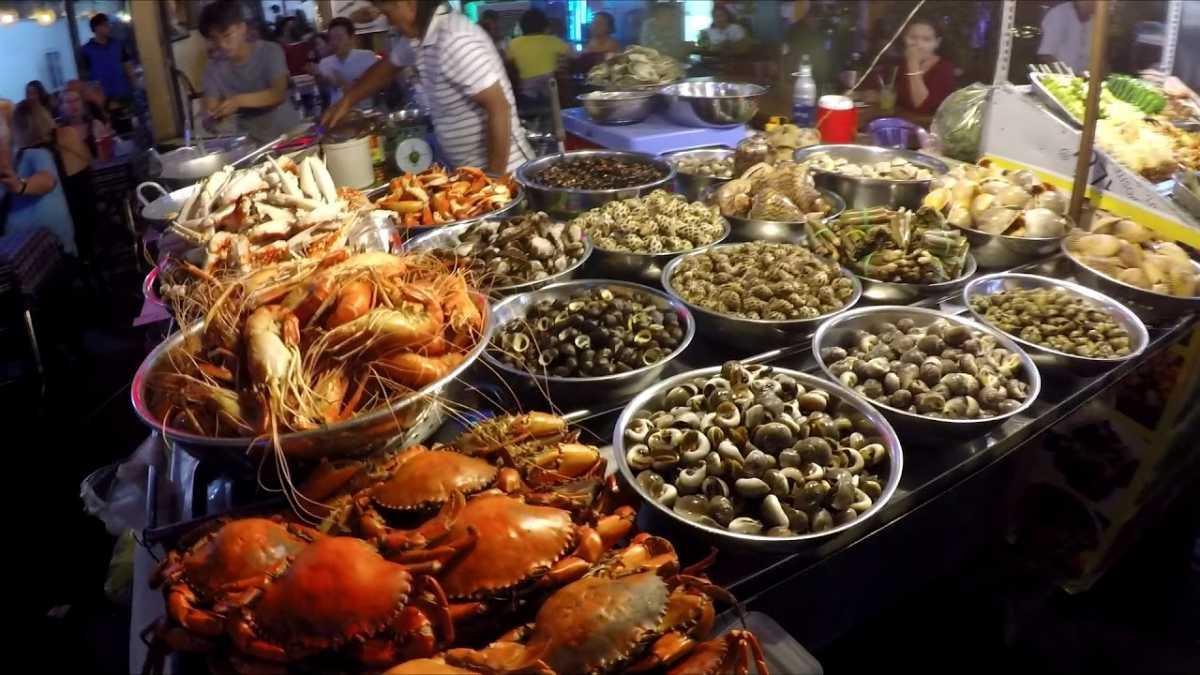Bui Vien Walking Street Food