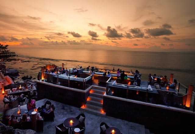 Rock Bar, Sunset in Bali, Ayana Resort and Spa