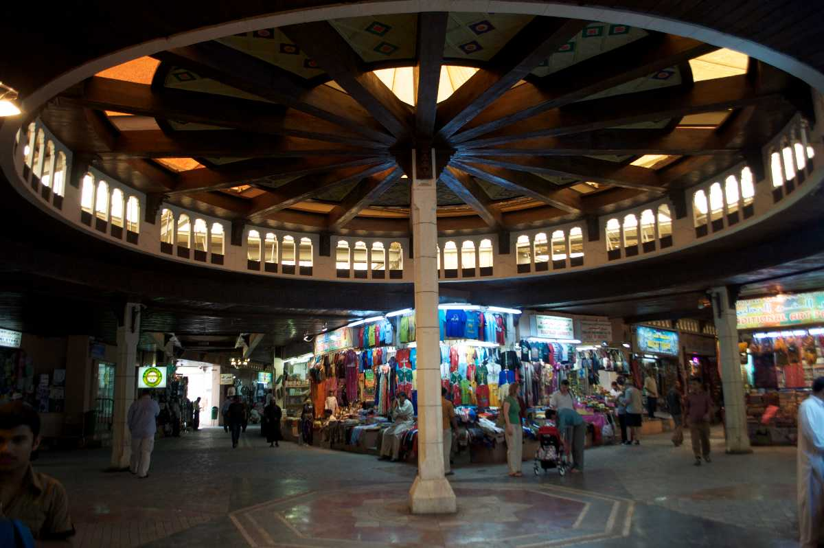 9 Souks in Muscat For Your Shopping Fantasies!
