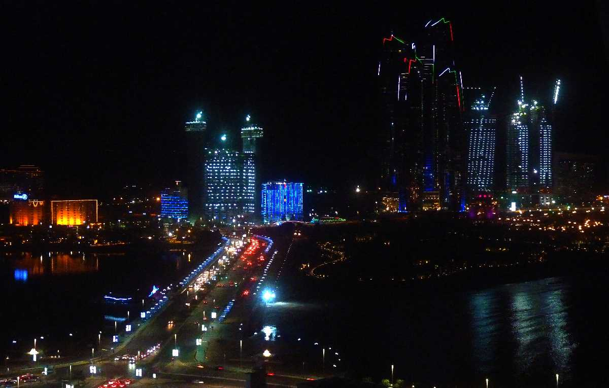 abu dhabi nightlife, skyline