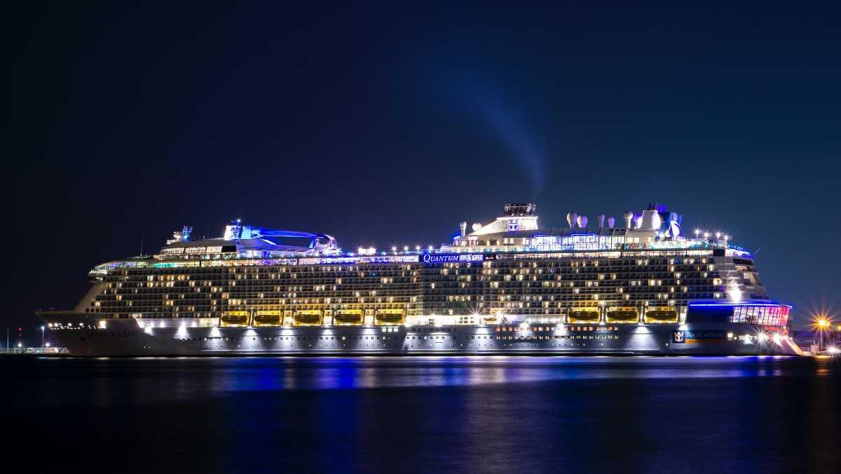 Dhoni Sunset Cruise