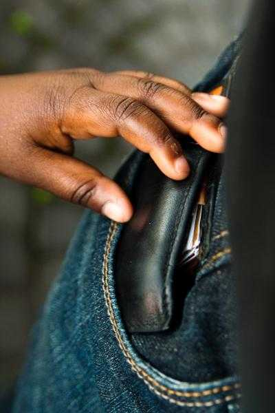 pick pocket