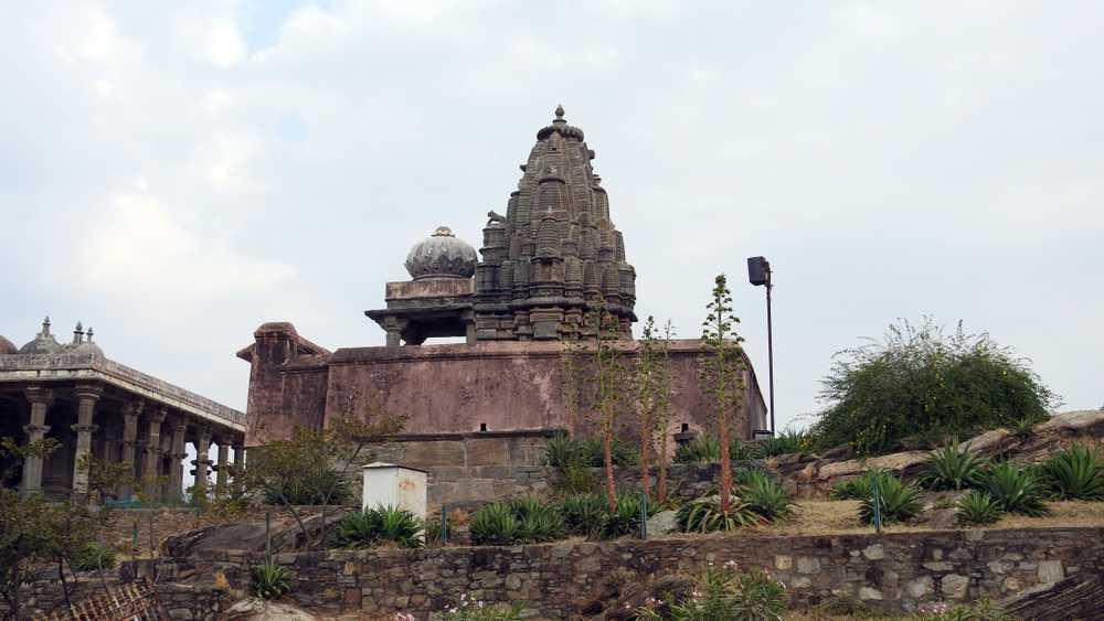 Parshvanth Temple