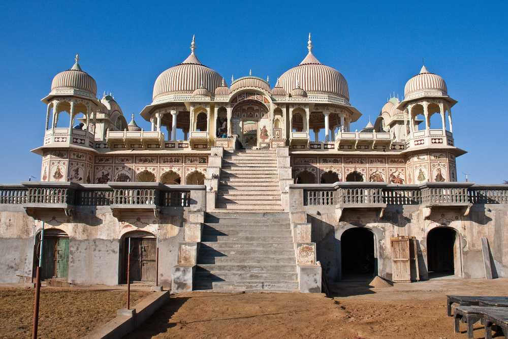 Mandwa Castle