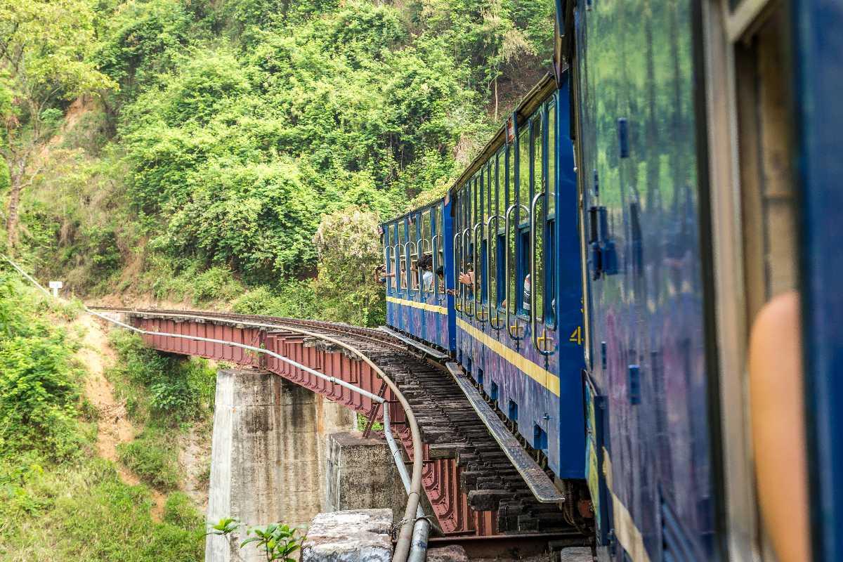 Mumbai to Munnar by Train