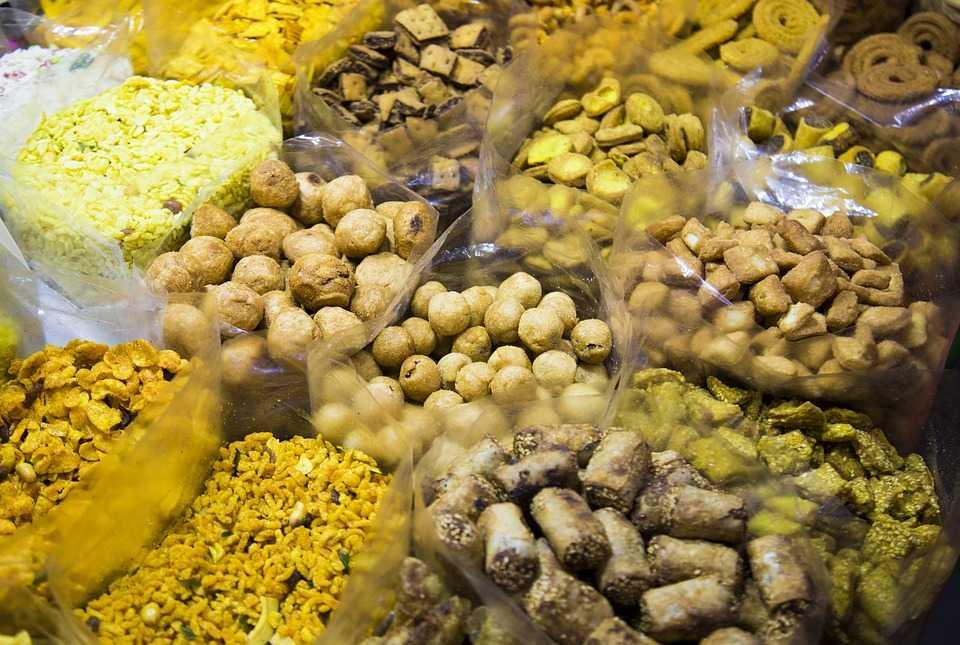 Farsan, Street food in Vadodara