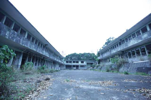 Tak Tak School , most Haunted places in the world