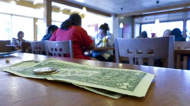 tipping in restaurants