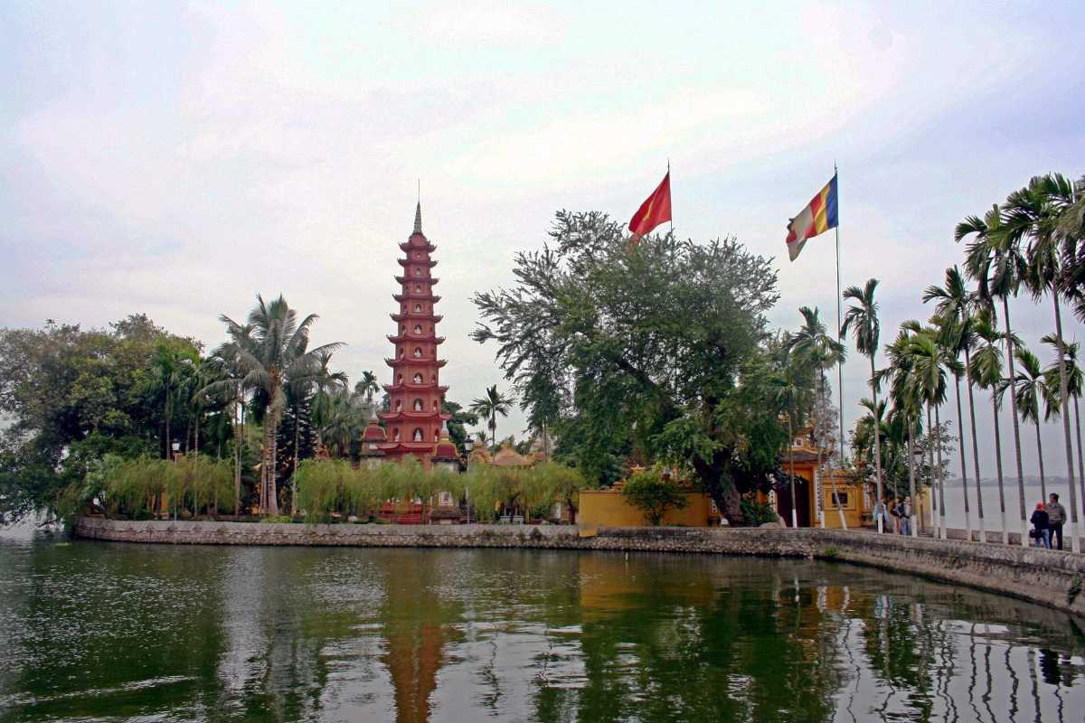 Tran Quoc Pagoda, Buddhist Temples in Vietnam
