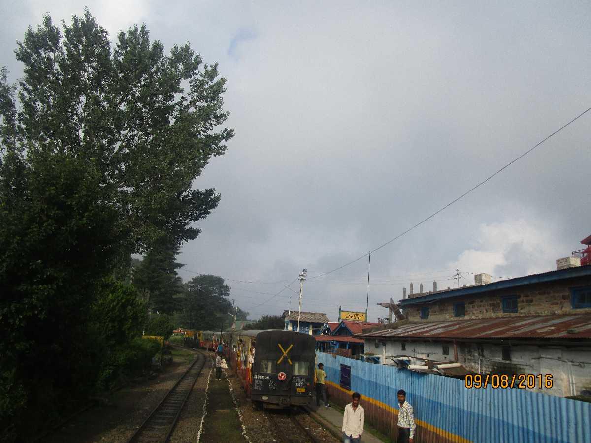 Shoghi Railway Station