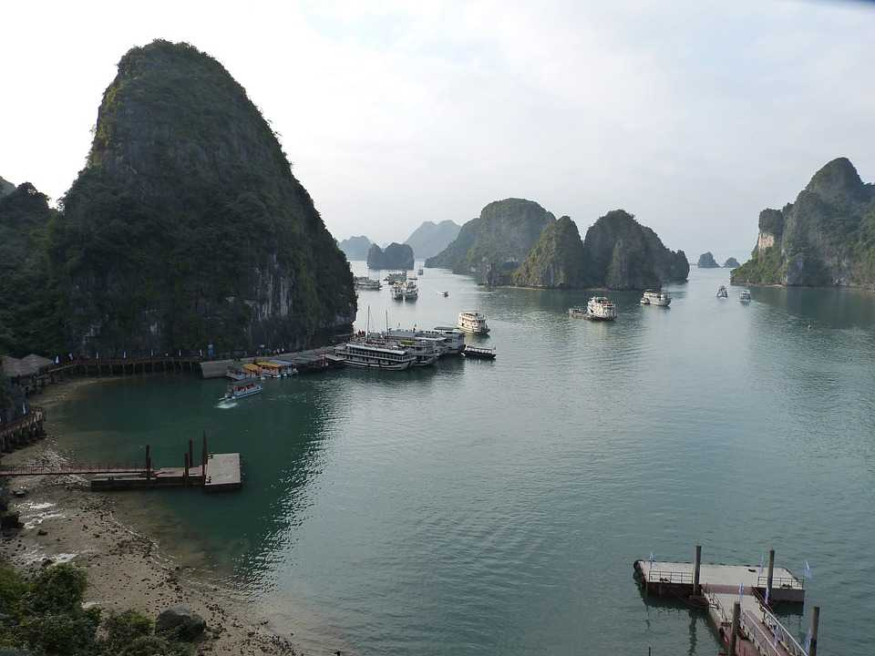 Beaches in Halong Bay