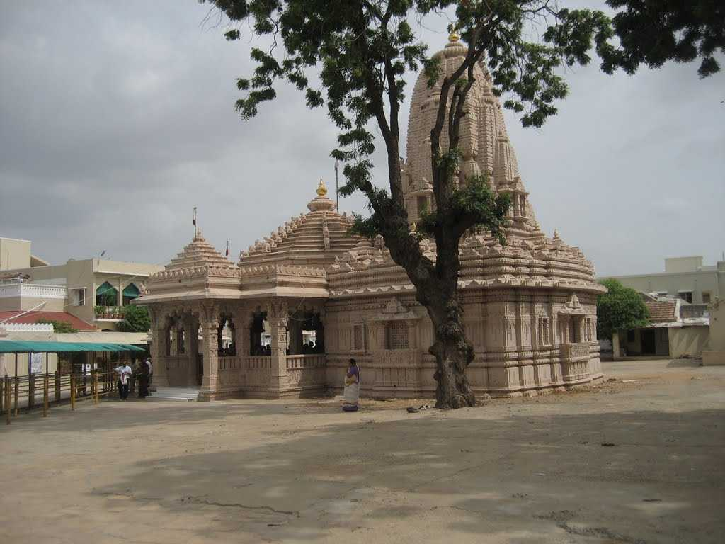 Mata no Madh, Bhuj (Kutch) | Darshan Timings, Hotels, Photos