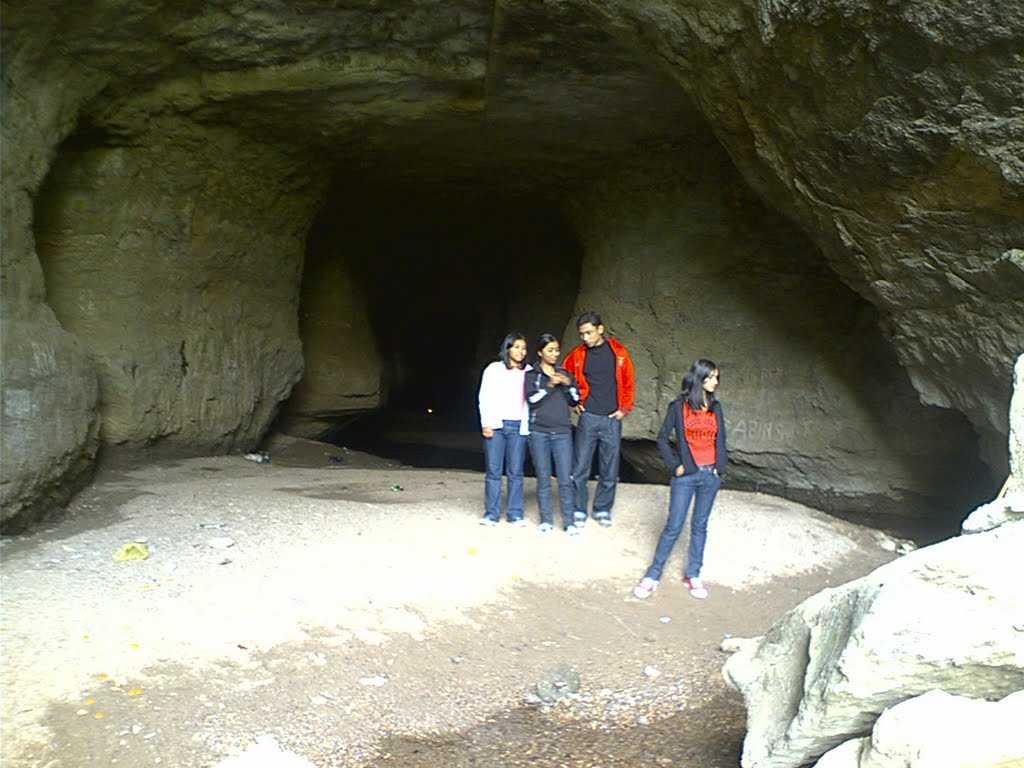 Siju Caves, Tura (Meghalaya ) | Photos and Timings