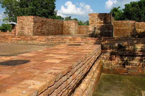 Buddha Temple Agartala | Buddha Temple timings, photos, address