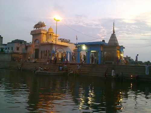 Banke Bihari Temple Bharatpur Banke Bihari Temple Timings Photos