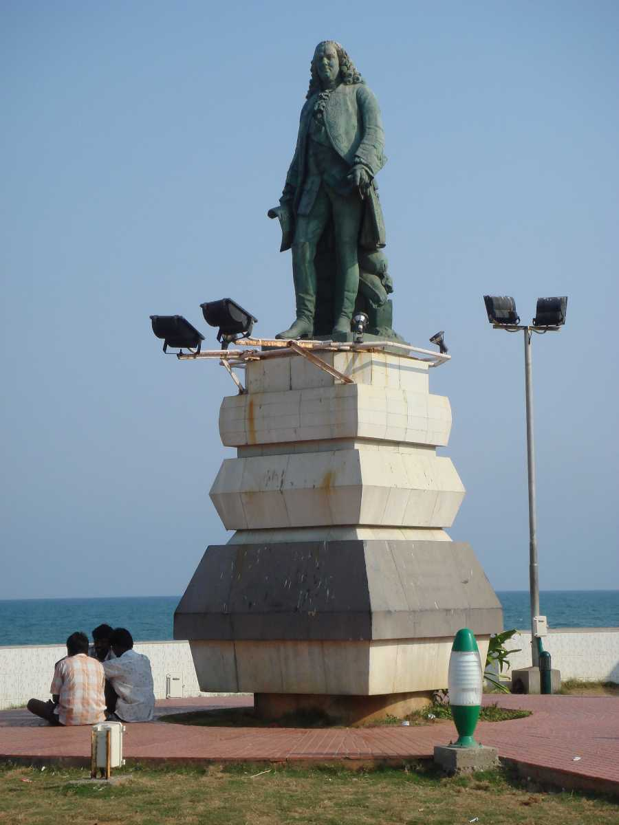 Image result for pondicherry dupleix statue