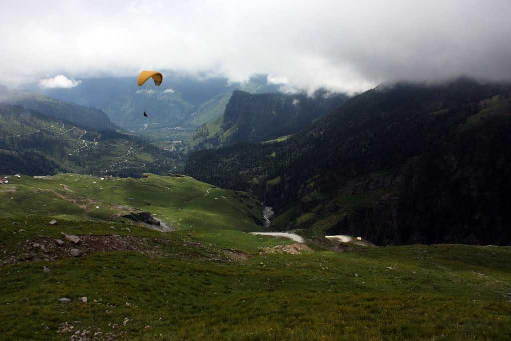 Paragliding Rohtang Pass