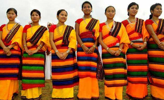 Meghalaya Dresses - Vibrant And Traditional Attire - Holidify