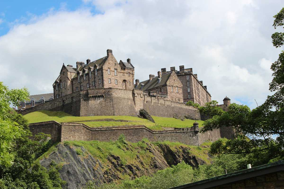 Edinburgh Tourism Gt Travel Guide Attractions Tours